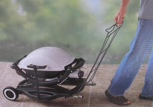 weber rollwagen q100 kleinster mobiler gasgrill. Black Bedroom Furniture Sets. Home Design Ideas